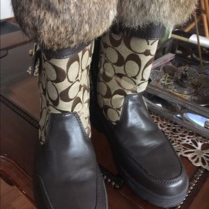 Coach Kimberly Boots with Fur trimming